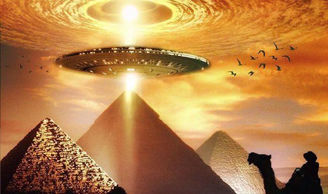 As Pirâmides e Os Sítios Megalíticos