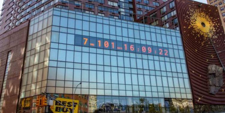 Famoso Relógio em NY Passa a Mostrar o Tempo que Temos Contra o Aquecimento Global